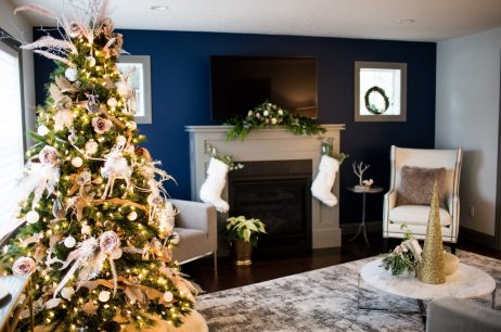 Homes For The Holidays | 5 Beautifully Decorated Homes For The Holidays!